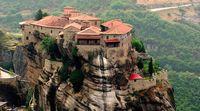 25 великолепных городов, спрятавшихся в скалах. Часть 1