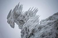 9 фото горы в Словении после экстремальной снежной вьюги