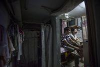 Китайская квартира — душ, туалет и спальня в одной комнате