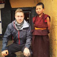 Парень, бросивший свою рутинную работу, заработал 1 млн долларов, путешествуя по миру