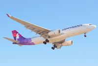 Почему пассажирские самолеты летают на высоте 10 000 метров?