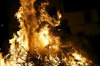 Огонь и лошади: День святого Антонио — один из самых зрелищных праздников в Испании