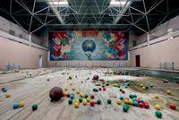 14 фото исчезающего советского наследия в разных странах мира