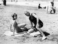 Как отдыхала французская элита на пляжах Довиля в 1900-1938 годах