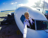 Шведский пилот Мария Петтерссон стала звездой интернета за считанные дни!