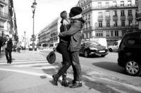 Любовь без границ и условностей: 40 нежных и страстных поцелуев из разных уголков мира
