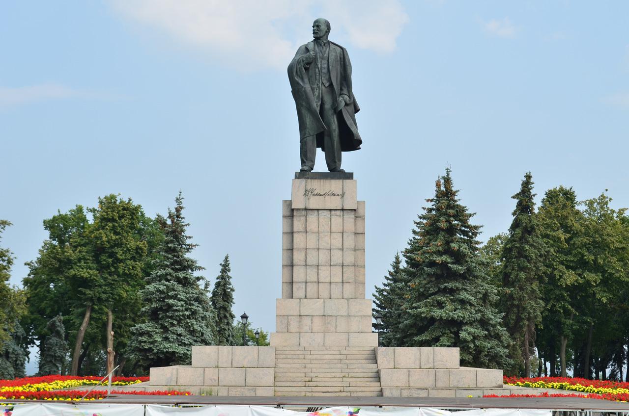Картинки по запросу ленин в ульяновске картинки