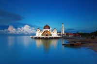 Лучший способ познакомиться с настоящей Малайзией — прогуляться по ней. Прямо сейчас!