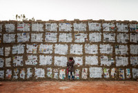 От детей до стариков, всем хватит адской работы на кирпичных полях Бангладеш