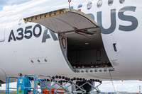 Самый стильный и современный: Airbus A350