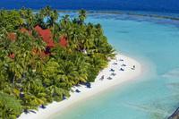 Семейные каникулы в Kurumba Maldives