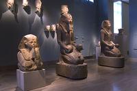 Мрачная атмосфера в отделе посвященном Древнему Египту