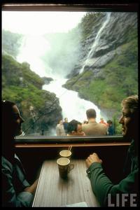 27 атмосферных фото о том, каким было путешествие на поезде в 70-е годы прошлого века