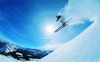 Снежная слепота: почему нельзя ехать на горнолыжный курорт без солнцезащитных очков