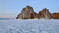 Скала Шаманка (мыс Бурхан), Байкал