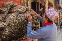 Бог зубной боли или стоматология по-непальски