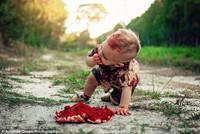 Австралийка устроила своему годовалому сыну фотосессию в стиле зомби и взбесила людей