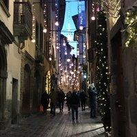 Улицы Бергамо перед Новым годом
