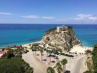 Замок в бухте Isola Bella