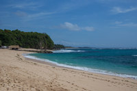 А вот так выглядит пляж Никко