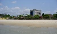 Отель Emorio с прибрежным пляжем