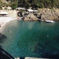 Пляж San Fruttuoso в июне