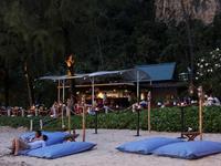 Лучшие пляжные вечеринки проходят в Краби