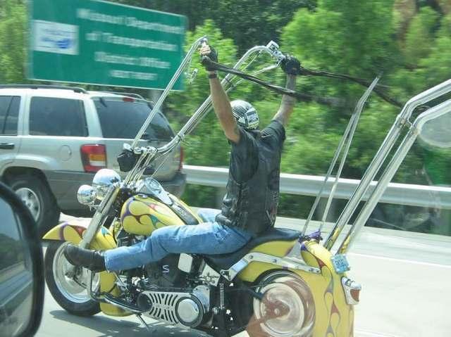 17 очень веселых фото самых безумных мотоциклистов со всего мира