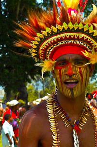 Поразительная жизнь папуасов из Новой Гвинеи. Таких людей ты еще не видел!
