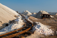 Добыча живой соли в Крыму
