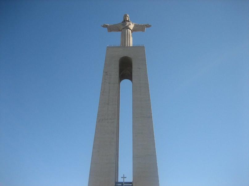 Статуя Спасителя в Лиссабоне