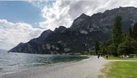 На берегу озера Гарда