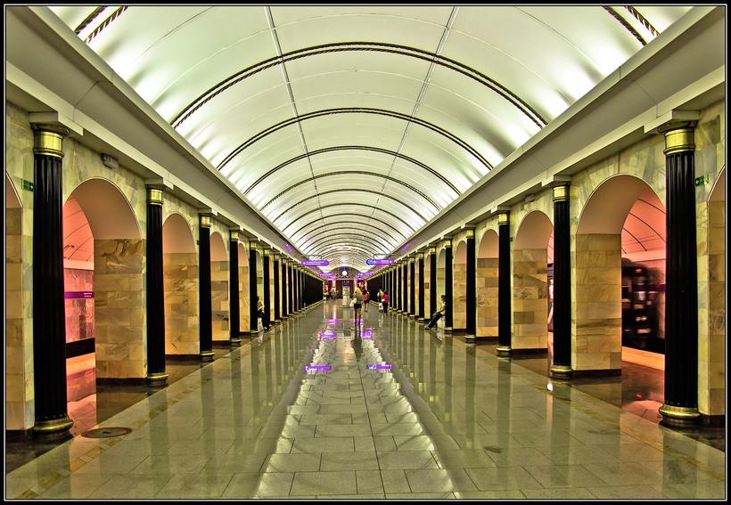 Картинки метро санкт петербурга, днем
