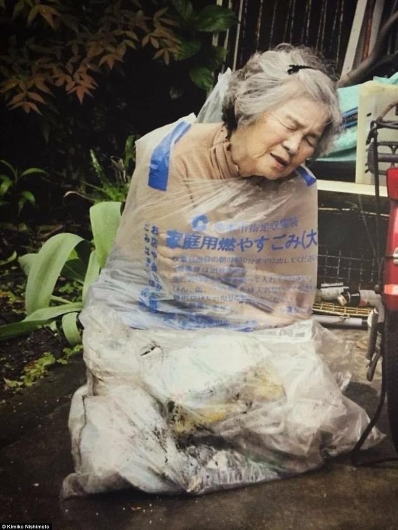 89-летняя японка увлеклась фотографией и не может перестать делать смешные селфи
