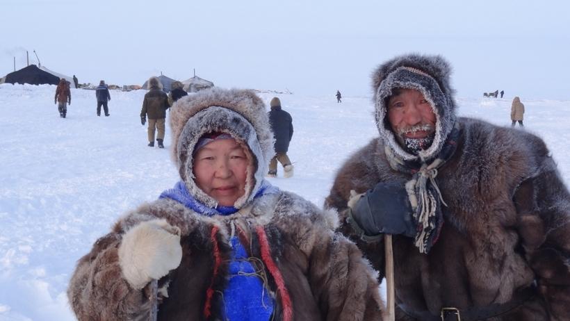 muzhchini-severnih-narodov-rossii-golie-foto