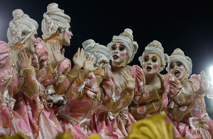 27 ослепительных фотографий о том, как проходит карнавал в Рио-де-Жанейро