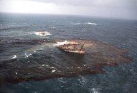 Основными источниками загрязнения гидросферы являются