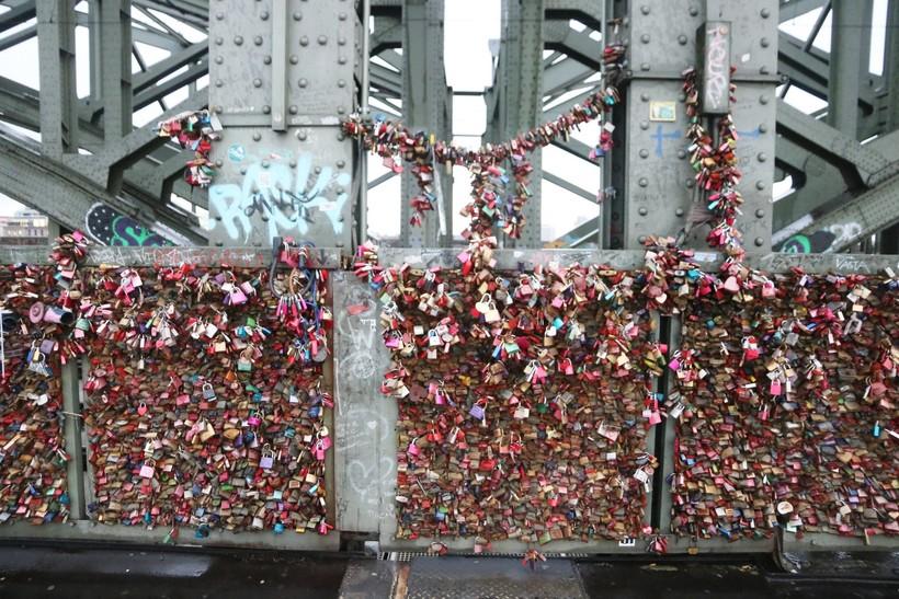 Мост Hohenzollern