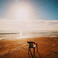 Апрельский вечер на пляже Finikoudes
