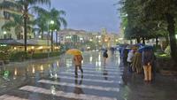 В Сорренто бывает дождливо