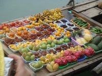 Фрукты во Вьетнаме на каждом шагу