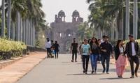 Дели: прогулка по парку на территории крепости Пурана-Кила
