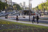 """Несколько полос движения были сокращены ради прокладки линии """"метробуса"""""""