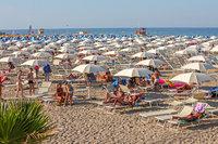Пляжный отдых в Римини в разгар летнего сезона!