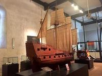Копия старинного корабля в музее Галле