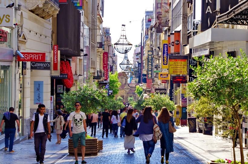 Афины: прогулка по улице Эрму