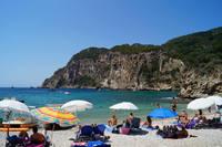 Керкира: отдыхаю на пляже Палеокастрица