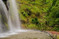 Водопад в парке Рибейра дос Кальдейрос, Азорские острова