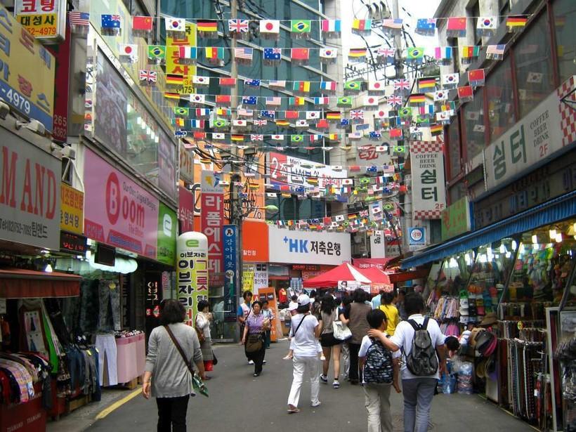 Сеул: знакомство с улицей Мьондон