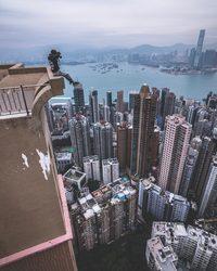 Головокружительные снимки Гонконга, сделанные с высоты фантастических небоскребов